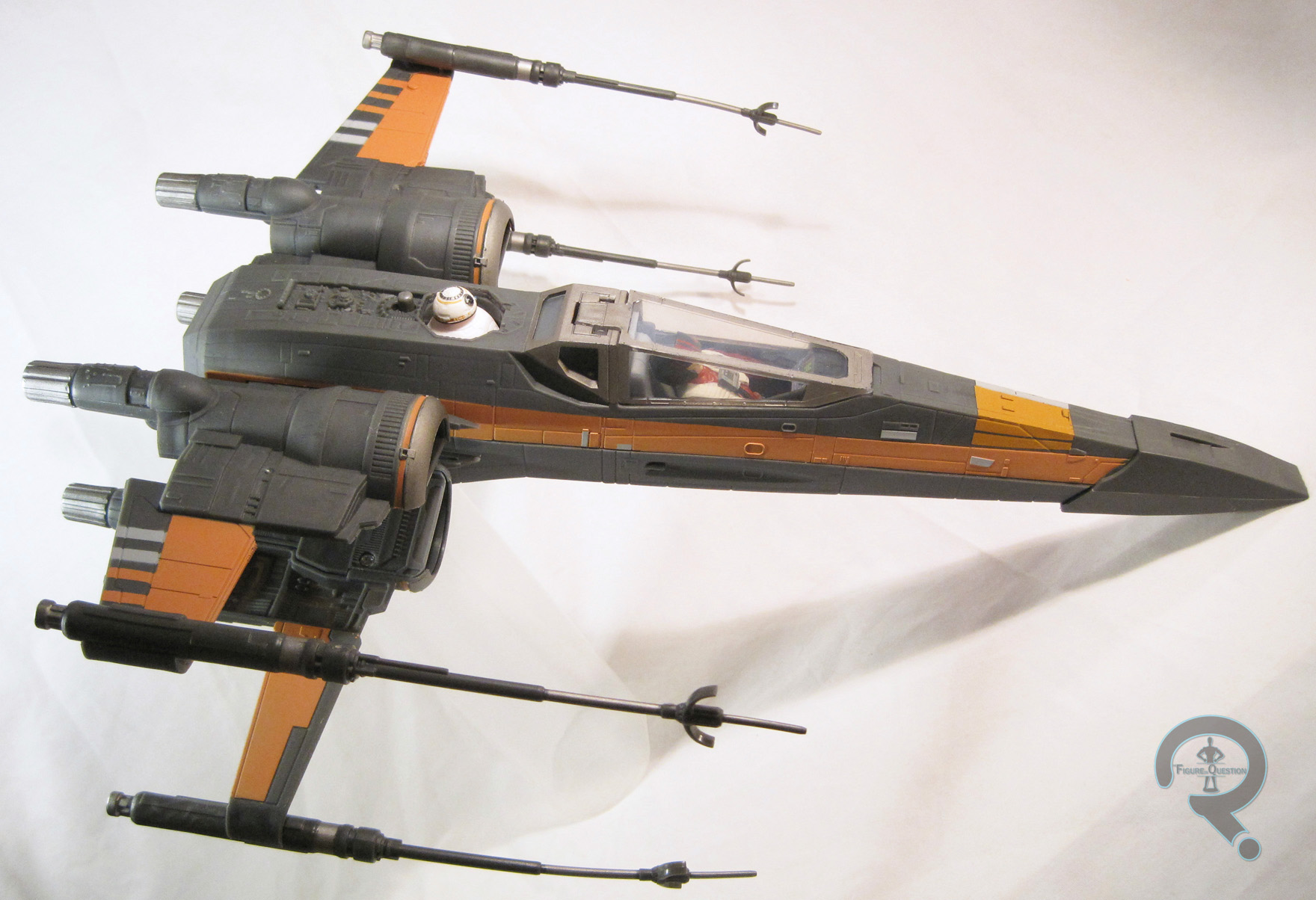 0808 poe s x wing fighter the figure in question. Black Bedroom Furniture Sets. Home Design Ideas
