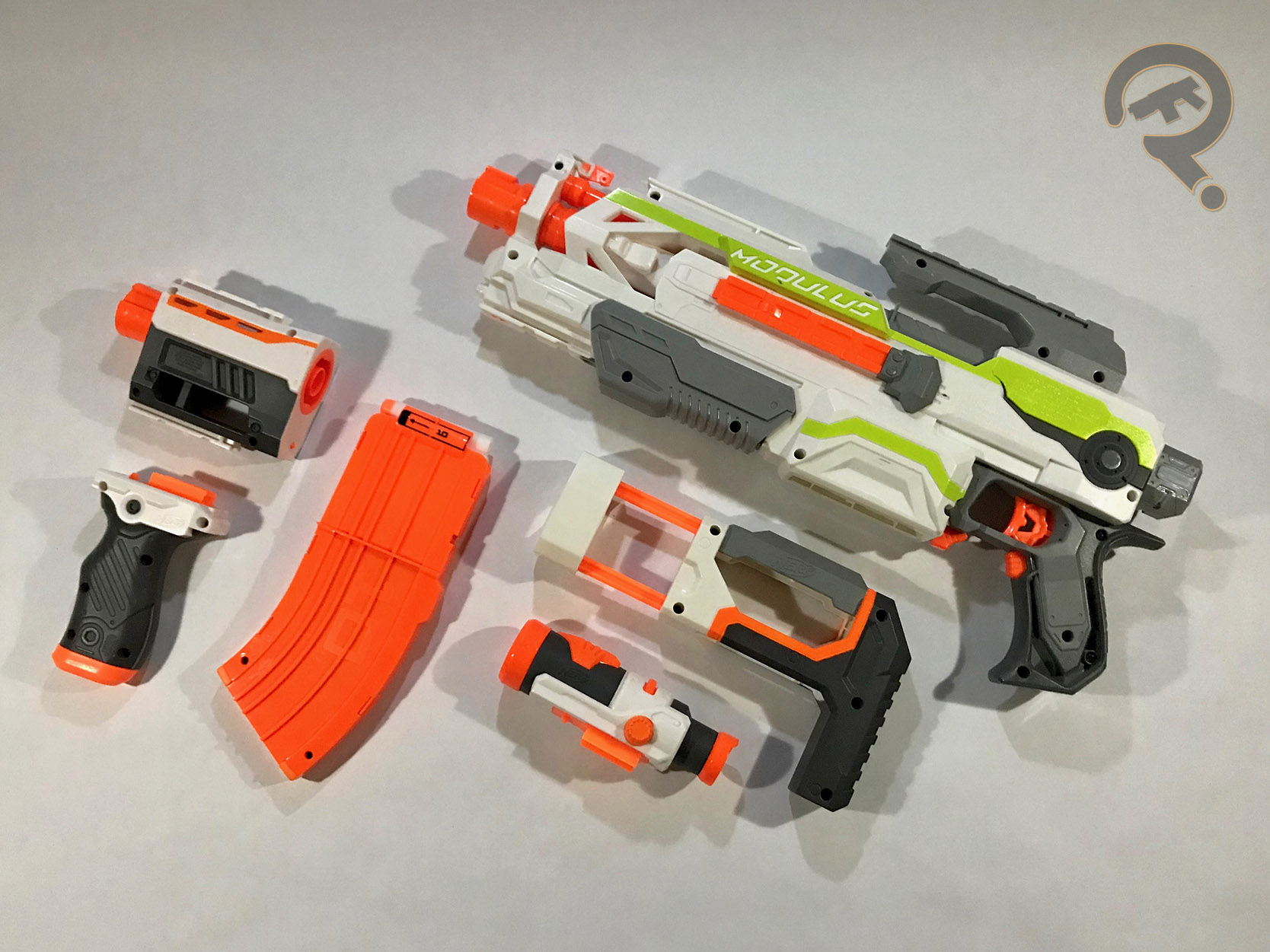 When designing this blaster, the people at Nerf went for a skeletonized  sci-fi looking handle which is cool until you pick up the blaster itself.