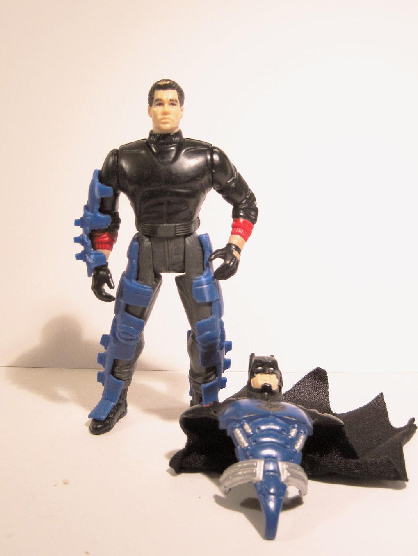 Batman Forever Night Flight Batman with Bat Attack Action Kenner